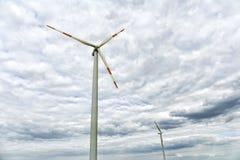 域绿色涡轮风 皇族释放例证