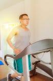 培训在体操里 免版税库存照片