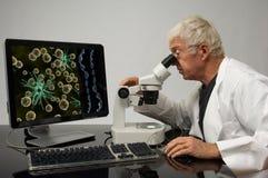 基因的工程师 免版税库存照片