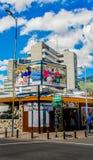 基多,厄瓜多尔, 2018年1月02日:第一个handycrafts市场的室外看法位于在女王维多利亚和豪尔赫之间 库存照片