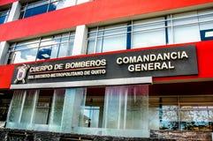 基多,厄瓜多尔- 2017年1月02日:基多大城市区的消防队员大厦的室外看法的 免版税库存照片