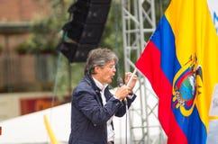 基多,厄瓜多尔- 2017年3月26日:吉列尔莫套索, CREO SUMA联盟的总统候选人,在一个阶段在期间 免版税库存图片
