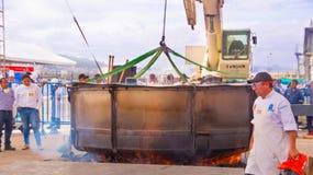 基多,厄瓜多尔- 2017年3月5日:最大的locro汤准备和的Locro费斯特,事件的准备 免版税库存照片