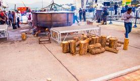 基多,厄瓜多尔- 2017年3月5日:最大的locro汤准备和的Locro费斯特,事件的准备 免版税库存图片