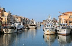 基奥贾, VE,意大利- 2018年2月11日:被停泊的渔船 库存照片