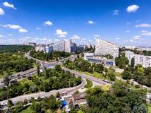 基希纳乌,共和国摩尔多瓦,鸟瞰图城市门  免版税图库摄影