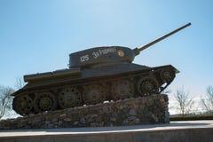 基希纳乌,摩尔多瓦- 2013年3月06共和国日:第二次世界大战t - 34的坦克 库存图片