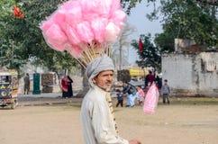 巴基斯坦摊贩的画象在拉合尔堡,拉合尔,旁遮普邦,巴基斯坦附近的 库存照片