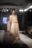 巴基斯坦时尚设计委员会(PFDC)秋天时尚星期2012年 免版税库存图片