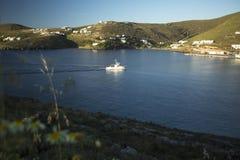 基斯诺斯岛希腊人海岛小游艇船坞  库存图片