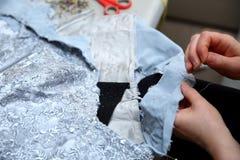 基本的裁缝辅助部件准备好任务 免版税库存照片