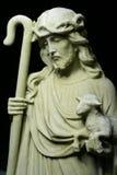 基督・耶稣牧羊人雕象 库存照片