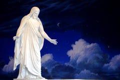 基督・耶稣雕象 免版税库存照片