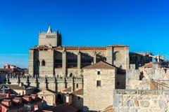 基督大教堂阿维拉的救主,被认为西班牙的第一个哥特式大教堂 库存照片