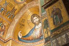 基督巨大半身图在蒙雷阿莱大教堂里 库存图片