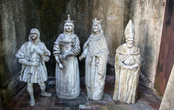 基督徒雕象在一个圣多明哥后院 图库摄影