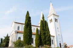 基督教会在Liznjan的中心 免版税库存图片