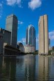 基督教科学地区波士顿包括反射水池,谨慎大厦和111亨廷顿Av 免版税库存图片