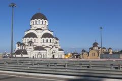 基督的圣洁面孔寺庙救世主,从高速公路A-147的看法在索契 图库摄影