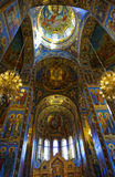 基督的复活的大教堂的内部在圣彼得堡,俄罗斯 血液教会救主 库存照片