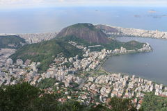 从基督观看救世主雕象,里约热内卢,巴西 库存照片