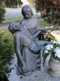 基督铜雕塑的证言 图库摄影