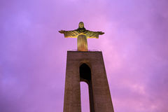 基督雕象国王在里斯本 库存照片