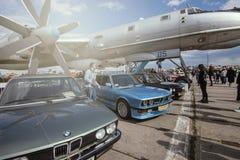 基辅,乌克兰-10个VFZ 2019年:BMW M3,M5,在老汽车的陈列的M6 库存图片