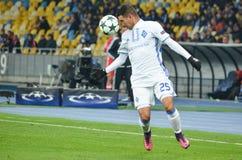 基辅,乌克兰- 2016年10月19日:在UEFA Ch期间的Derlis冈萨雷斯 库存照片
