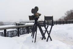 基辅,乌克兰- 2018年3月04日:纪念碑照相机和照相机椅子 图库摄影