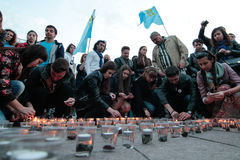 基辅,乌克兰- 2015年5月17日, :克里米亚半岛鞑靼人庆祝克里米亚半岛鞑靼人的牵强的驱逐出境的71th周年从克里米亚的 图库摄影