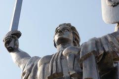 基辅,乌克兰- 2017年4月16日:亦称祖国纪念碑Rodina席子`,致力巨大爱国战争 免版税库存图片
