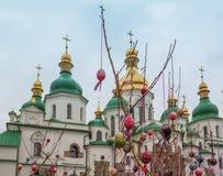 基辅,乌克兰- APRIL17 :在Eas乌克兰节日的复活节彩蛋  免版税库存照片