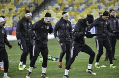基辅,乌克兰- DEC 06 :贝希克塔什教练durin的足球运动员 图库摄影