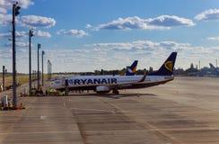 基辅3月10日2019年鲍里斯波尔国际机场 飞机机场图象红外线 瑞安航空公司航空公司低成本航空公司 免版税库存照片