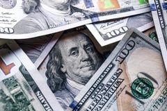 堆一百元钞票特写镜头 库存照片