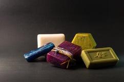堆五颜六色的手工制造肥皂 库存图片