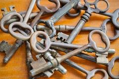古色古香的钥匙 免版税图库摄影