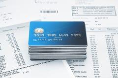 堆在声明的信用卡 免版税库存照片