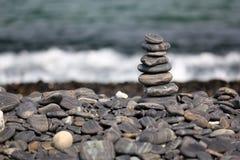 堆在海滩,酸值Hin Ngam,安达曼海的小卵石,在Tarutao 库存图片