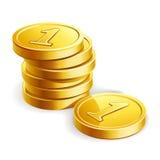 堆在白色的金黄硬币 库存图片