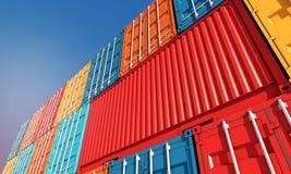 堆容器箱子,货物进出口Bu的货物船 免版税库存图片