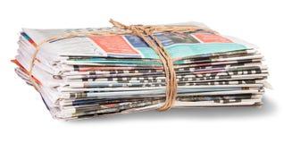 堆报纸被包扎的绳索 免版税库存图片