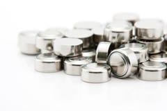 堆按钮电池电池 免版税库存照片