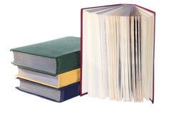 堆旧书隔绝了白色 免版税图库摄影