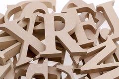 堆木字母表块 免版税库存照片