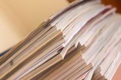 堆杂志 免版税库存照片