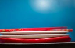 堆板材和筷子 免版税库存图片