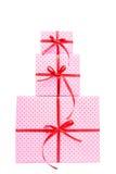 堆桃红色礼物 免版税库存照片