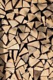 堆桦树木柴 库存图片